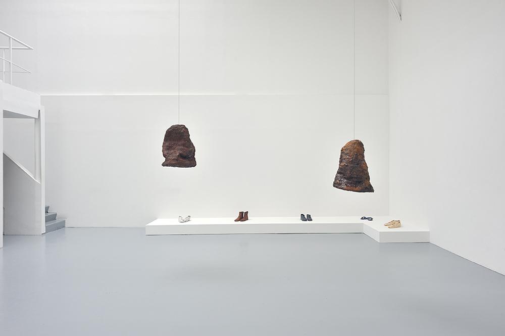 Etes-vous toujours Mr. Vin ?, Vue d'installation — Galerie Éric Hussenot, Paris