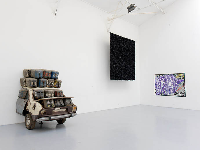 2011, Vue d'installation, galerie Hussenot, Paris — Galerie Éric Hussenot, Paris