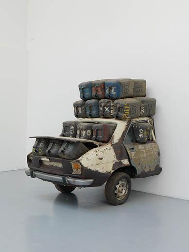 Romuald Hazoumè, Elf Rien à foutre, 2005, Matériaux divers, 220 x 230 x 180 cm   — Galerie Éric Hussenot, Paris