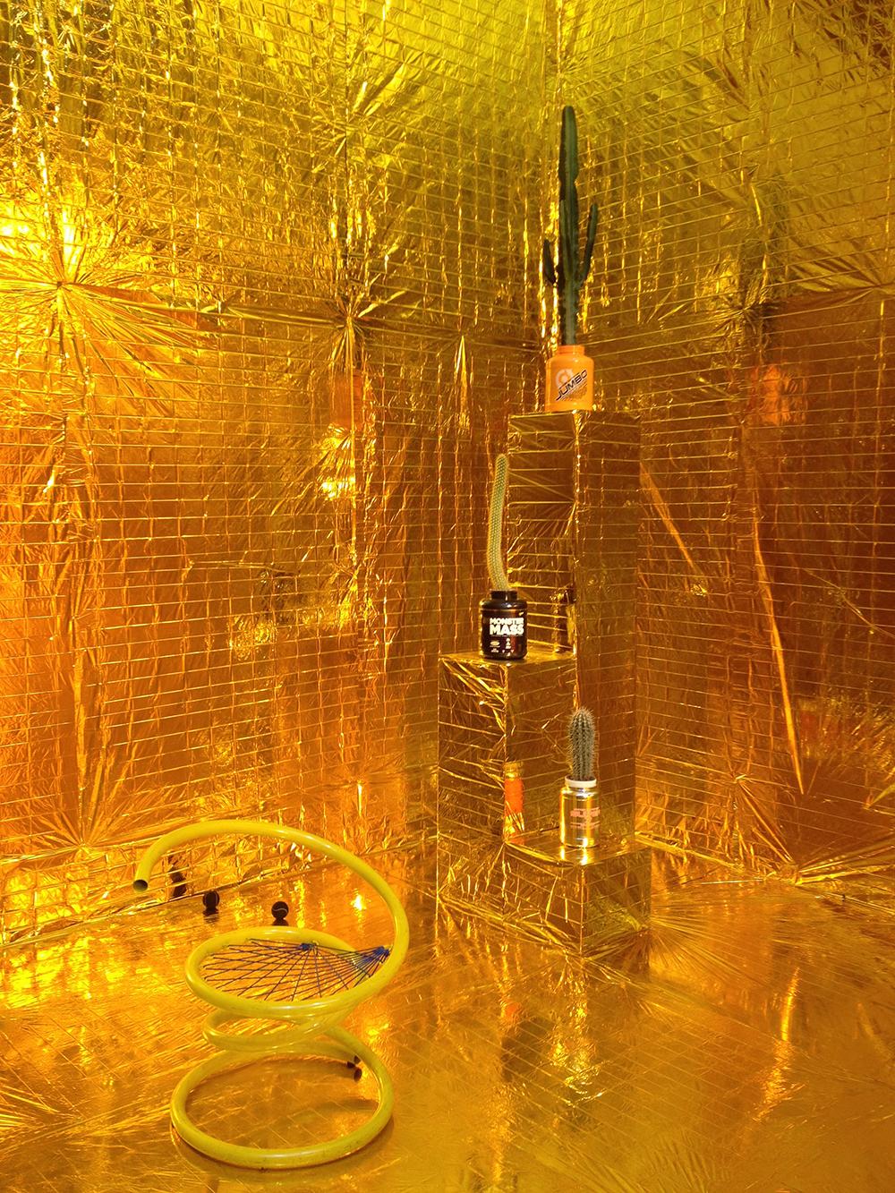 Blabla et Chichi sur un bateau, Vue d'installation — Galerie Éric Hussenot, Paris