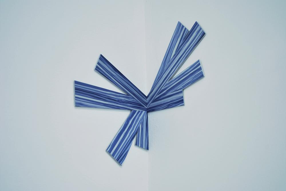 Richard Artschwager, Corner Splat I, 2009, Edition 7/20 + 3 AP + 2 HC, Laminate on aluminium,   58,4 x 63,5 cm       — Galerie Éric Hussenot, Paris