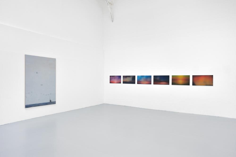 La fin et le lever du jour, Vue d'installation, Eric Hussenot, Paris — Galerie Éric Hussenot, Paris