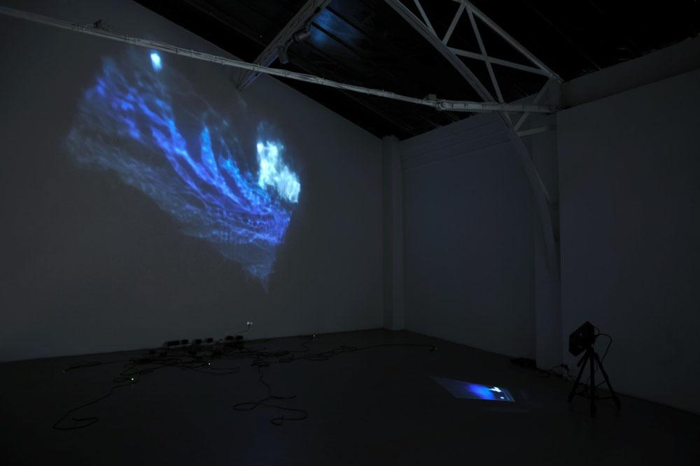 Lucioles, 2012, Arduino LED, Dimension variable selon installation     — Galerie Éric Hussenot, Paris