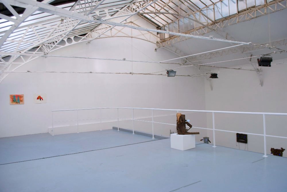 Love, my reluctant but faithful enemy, 2011, vue d'installation, galerie Hussenot, Paris — Galerie Éric Hussenot, Paris