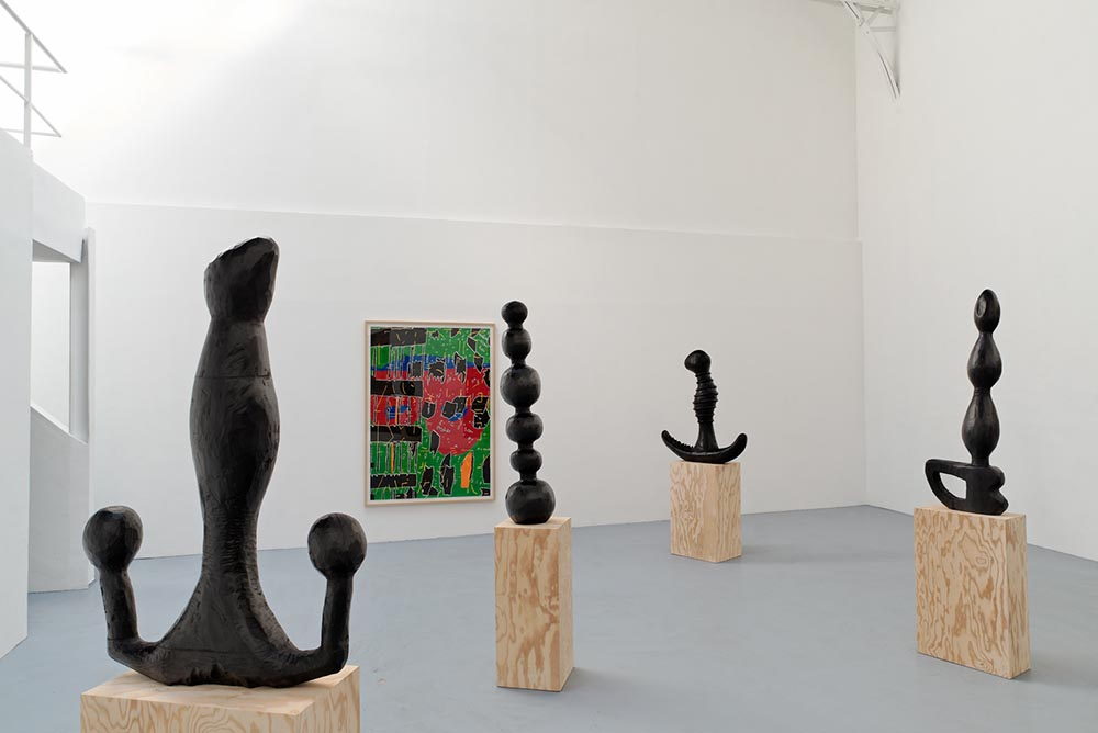 Monster, Vue d'installation, Eric Hussenot, Paris — Galerie Éric Hussenot, Paris