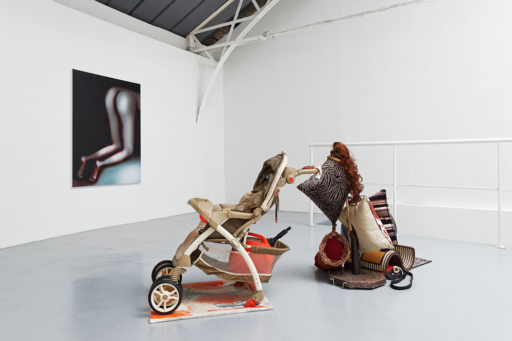 Design & Crime, Vue d'installation : Ryan Trecartin   Lizzie Fitch, Louisa Gagliardi, Eric Hussenot, Paris — Galerie Éric Hussenot, Paris
