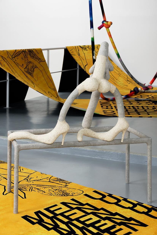 A Hole New World, avaf, 2020 , Papier mâché, confettis, enduit, colle vinylique, farine de maïs, huile de paraffine, scotch, papier aluminium, t-shirt en coton, cuir, acier ,   120 x 68 x 142 (H) cm — Galerie Éric Hussenot, Paris